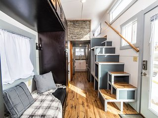 Tiny House Molly in downtown Leadville with Free WiFi