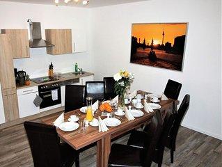 Apartment in Berlin, familienfreund, günstig, zentrale Lage, bis 14 Personen