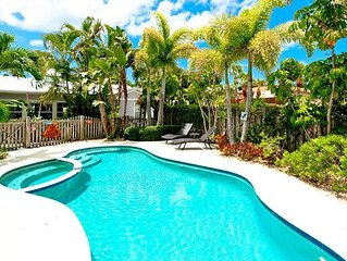 Crow's Nest Spinnakers: Beautiful Pool Home With Private Deck Just 250 Steps To