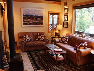 Luxury Mountain  House in Government Camp.Book for Ski Camp!  Sleeps 6-8, Dog ok