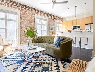 Sonder | The Carondelet | Bright 1BR