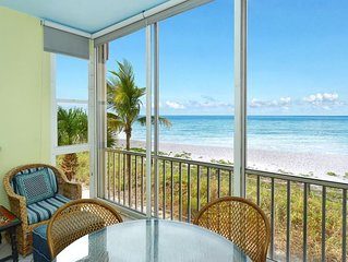 Beachfront Siesta Key! Listen to the surf! 2nd floor free WiFi & Boat Dock