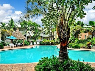 'CASA DE VINO' ~ Excellent Price for an Amazing Townhouse with Pool & Tiki!