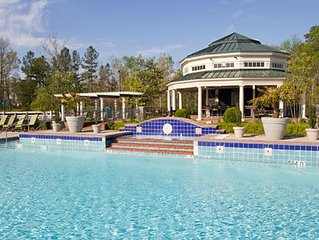 Two Bedroom Condo At Greensprings Vacation Resort, Williamsburg, Va