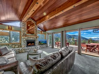 Heavenly Ski Lodge with lake views - only 1 minute to chairlift!