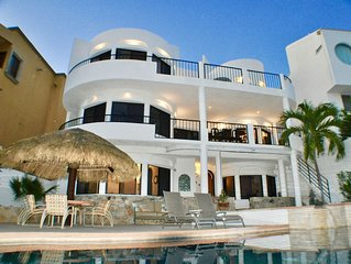 3 level Home, Ocean and Golf Views, Private Pool,  Walk to Dining & Shops