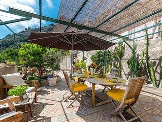 Maison Mentonnaise avec jardin proche centre ville et plages  Classé 3 étoiles