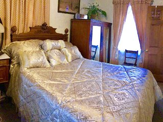 FRENCH Quarter/Marigny 1 BR , 1 BA  STR#17STR-14730 luxury apT, part of a 3 BR