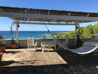 Salento, elegante villa , immersa in una pineta a 50 metri dalla spiaggia