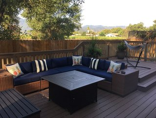 Centrally located St. Helena retreat - 10 minute walk to wineries and downtown!