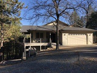 Beautiful Pine Mountain Lake Home $300-$350