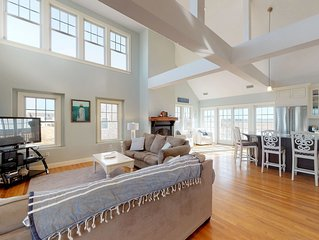 Luxury home w/deck & ocean/marsh views-beach across the street