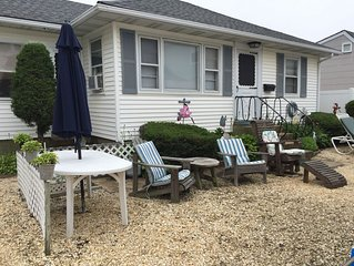 Cozy And Clean Beach House, Walking Distance To Everything In Town!!
