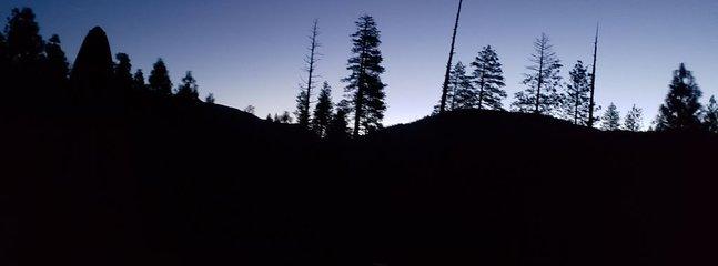 Salida del sol sobre el valle de Yosemite