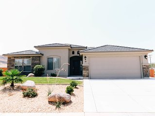 New Home! Come and Enjoy the Beauties of Southern Utah while staying HERE