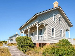 Captain Charlie's II - A traditional, historic cottage offering panoramic views