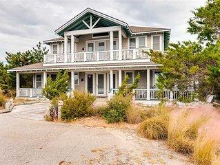 Summer House: 4 BR / 4 BA  in Bald Head Island, Sleeps 10