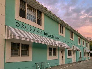 Spacious condo w/ Hot Tub & Sauna across from Orchard Beach State Park!
