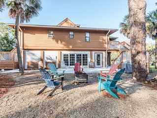 10% Off Rates Through November 30th |Peaceful beach home w/golf cart, fire-pit &
