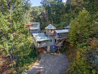 Mountain Top Compound near Asheville & Black Mtn: VIEWS, GAME ROOM, ZIPLINE