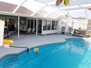 NEW 3BR Apollo Beach House w/ Pool and 8 personJacuzzi!