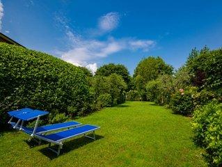 Villetta a schiera a 70m dal lago, giardino, posto macchina, parziale vista lago