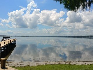 Lake Kerr Lakefront Retreat, private waterfront and dock, spacious home.