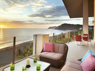 Diamonte - Contemporary Beach Front Condo - 3 bedrooms and great views!!