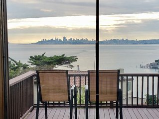 Spectacular panoramic views & Mid Century Modern class. Easy Walk Downtown