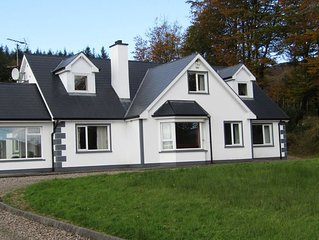 Beautiful cottage, Lough Eske - near Harveys Point Hotel & Lough Eske Castle