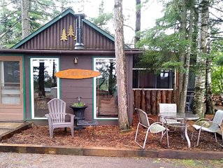 Cabin on beautiful Fishtrap Lake. Boat with motor included with min 5 nights!