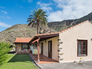 Large Comfortable Chalet With Sea Views On the Most Beautiful Valley, free wifi