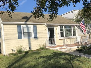 Brigantine Cottage By The Sea ~ Steps From The Beautiful Beaches and Bay
