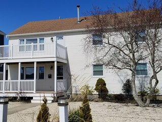 Enjoy everything LBI has to offer!! 1.5 blocks to Bay and 2.5 blocks to Ocean.