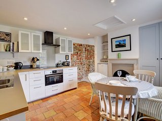 The Old Mill - Two Bedroom House, Sleeps 4