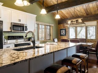 Beautiful & plush condo across the street from the gondola w/loads of resort ame