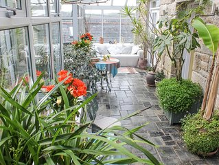 Award winning, Cornish Farm House, with stunning gardens, and parking for 3 cars
