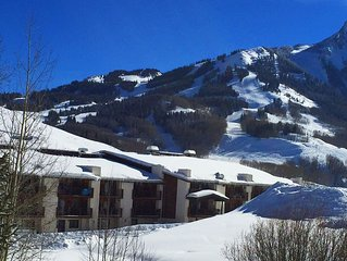 Best Views of Crested Butte! Walk to Lifts! Huge Pool & Private Balcony