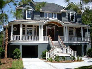 Lovely Home - 5 BR/5.5 BA, Pool, Lagoon View