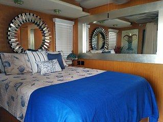 Best Kept Secret! House Boat 70' Has Everything!