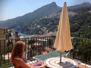 Wonderful flat with terrace overlooking the sea in the Amalfi Coast
