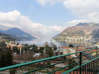 Un monolocale molto elegante con vista mozzafiato sul Lago di Como.