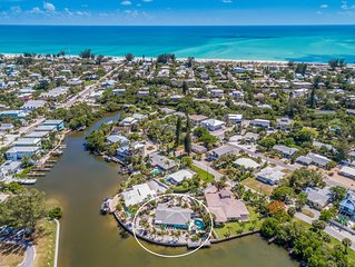 North end canal front  home . tiki hut, dock, heated pool, jacuzzi beaches....