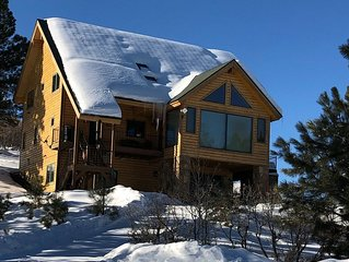 Ski - Sled - Relax - Spacious Cabin with Awesome Views