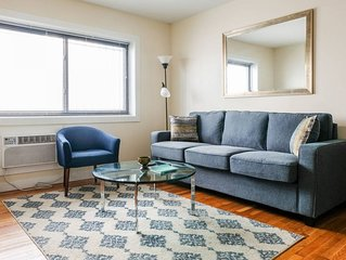 Cozy 1BR in Vibrant East Side | Steps to Nightlife