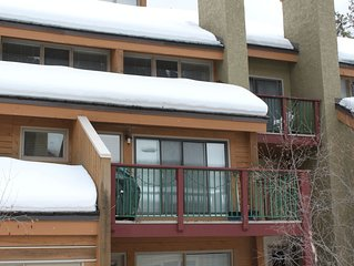 Luxury  3 Bdrm Condo at Panorama Mountain VillageSki in/Out