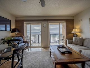 27- Behold the beauty of our amazing beaches in this BEACH FRONT condo! Coral Re