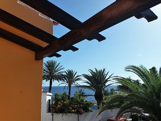 House beach/seafront, terrace, patio, facing south, quiet, WiFi, satellite TV