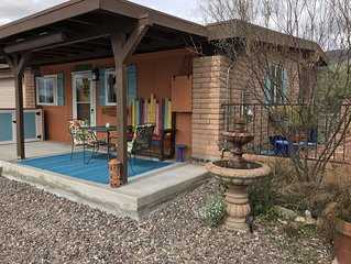 Cottage Retreat at the base of the Catalinas