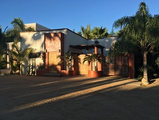 One bedroom casa conveniently located in downtown Los Barilles